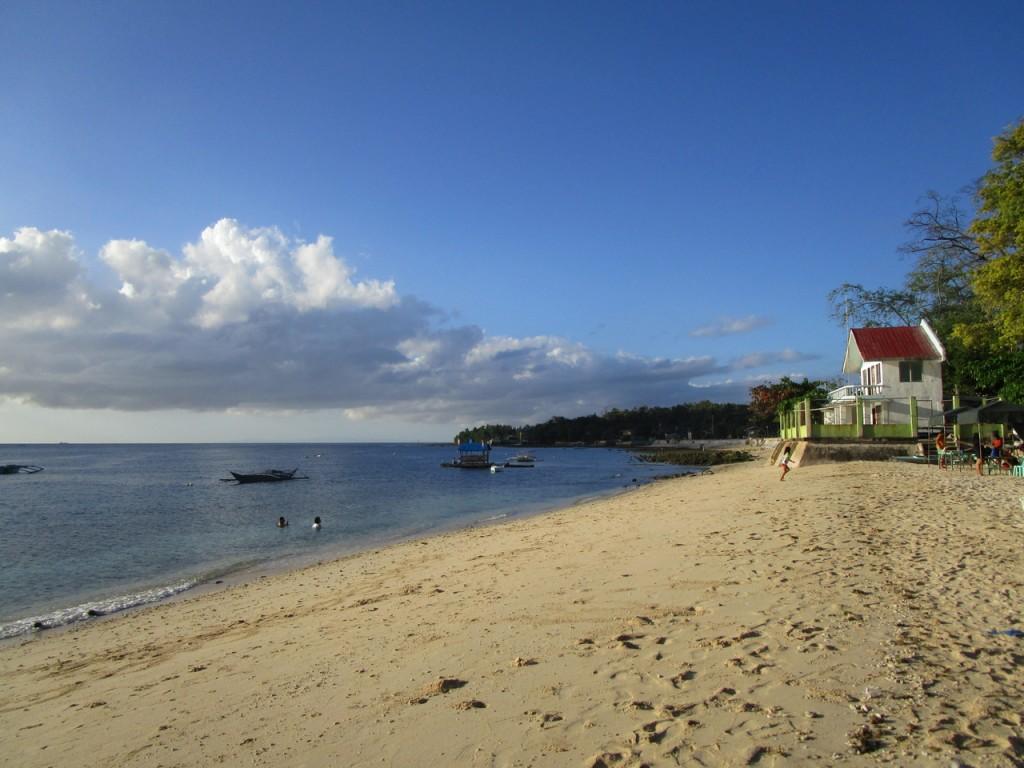 pepsncoks-tingko-beach-resort-in-alcoy